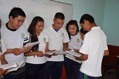 El Telebachillerato Michoacán cuenta con 182 planteles en 82 municipios. La premisa del subsistema es ampliar las oportunidades de las y los jóvenes y fomentar su arraigo en las comunidades ...