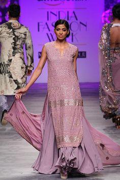 strictlyindianfashion: Siddartha Tytler - Amazon India Fashion Week Spring/Summer 2016 Model - Donna Masih