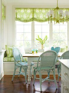 blue green kitchen Green Kitchen, Eat In Kitchen, Kitchen Nook, Kitchen Decor, Kitchen Ideas, Kitchen Chairs, Kitchen Banquette, Kitchen Walls, Kitchen Rustic