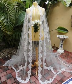 Vintage Lace Wedding Cape Redesigned by Vastly by Vastlyvintage, $195.00
