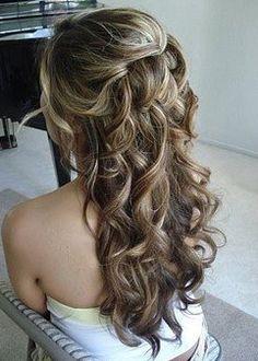 http://www.depeinados.com/wp-content/uploads/2010/06/peinado-novia-rizado-suelto.jpg