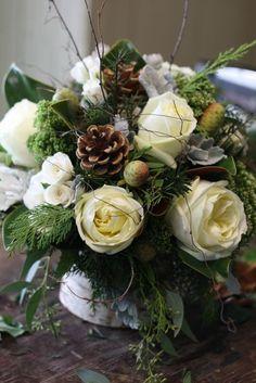Photo By Holly Chapple Flowers Thefullbouquetblog Com Winter Floral Winter Floral Arrangementsflower Arrangementschristmas
