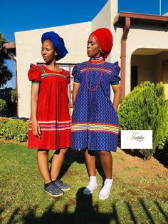 Setswana Traditional Dresses, Pedi Traditional Attire, South African Traditional Dresses, African Dresses For Kids, African Maxi Dresses, African Attire, African Print Dress Designs, African Prints, Shweshwe Dresses