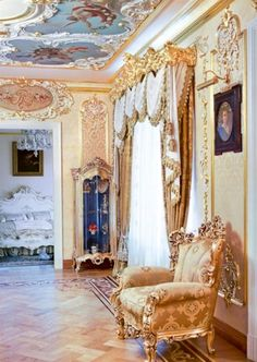 Nice Rococo Furniture in Majestic Apartment with Rococo Style  http://homeblogdesign.com/majestic-apartment-with-rococo-style/