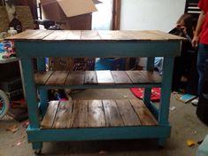 Recycled Pallet DIY Pallet Storage Cart on Wheels — Crafthubs Pallet Kitchen Island, Kitchen Island On Wheels, Rustic Kitchen, Kitchen Islands, Kitchen Craft, Navy Kitchen, Pallet Storage, Diy Storage, Storage Cart