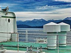 """""""Cubierta"""". En un barco navegando por el lago Mascardi, Bariloche, Argentina. Foto tomada por mí :)"""