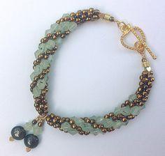 Kumihimo Prehnite bracelet Tutorial from prumihimo (earring tutorial too)
