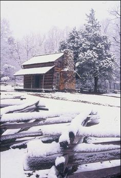 Cades Cove, Tennessee in winter Smoky Mountains Tennessee, Smoky Mountains Cabins, Great Smoky Mountains, East Tennessee, Cabana, Gatlinburg Tennessee, Winter Scenery, Cades Cove, Cabins In The Woods