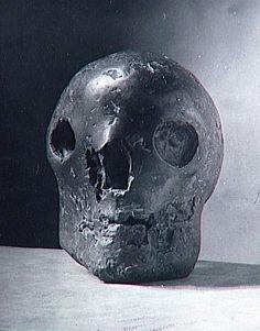 Skull by Picasso Pablo Picasso Death, Pablo Picasso Sculptures, Crane, Skull Reference, Brassai, Plastic Art, Art Et Illustration, Human Art, Vanitas