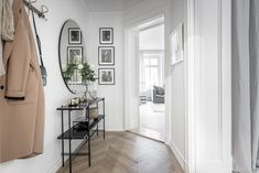 〚 White Swedish apartment with stylish decor sqm) 〛 ◾ Photos ◾Ideas◾ Design Home Decor Trends, Interior Window Shutters, Beautiful Interiors, Interior Columns, Interior Decorating, Affordable Interior Design, Home, Small Living Rooms, Interior Styling