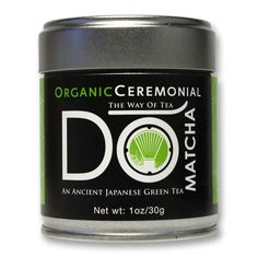 DoMatcha on parasta laatua #Matcha teetä joka valmistetaan jauhamalla hienoiksi teepulveriksi teelehtiä. Luomu Ceremonial Matcha 1st harvest on vamistettu keväällä poimituista nuorista teenlehdistä.