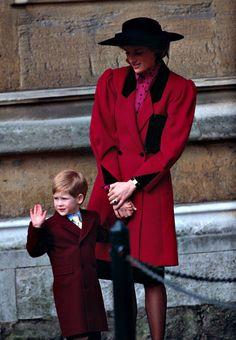 1989 Harry with mummy