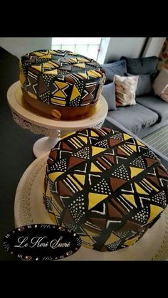 Black Panther Movie Wakanda Ethnic Africa Home Inspo – Cake designed to look like african drum kente cloth