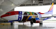 Missouri One, the best livery in the entire Southwest fleet. Boeing 747 8 Intercontinental, Air Machine, Boeing Aircraft, Airplane Art, Southwest Airlines, Commercial Aircraft, Bus, Nose Art, Missouri