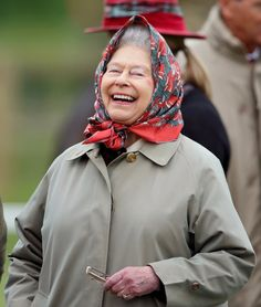 Queen Elizabeth II, longest serving monarch - 25 things you never knew about her. Gorgeous, Queen Elizabeth II is laughing. Die Queen, Hm The Queen, Royal Queen, Her Majesty The Queen, Save The Queen, Queen Queen, Kate Middleton, Queen Hat, Elizabeth Ii
