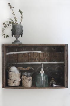 Decor Trick: Instant Wooden Shelf (Free People) I like the birch tree bark wrap around the vases . Crate Shelves, Wooden Shelves, Take Me Home, Eclectic Decor, Diy Projects To Try, Household Items, Home Renovation, Decorating Tips, Crates