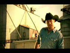 Chris Cagle - I Breathe In, I Breathe Out--OK, can't help it.  Definitely eye candy.