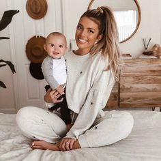 Mom And Baby, Baby Boy, Cute Kids, Cute Babies, Mother Baby Photography, Foto Baby, Future Mom, Baby Family, Baby Fever