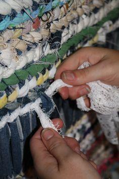 rug twining | Turning Leaf Crafts: Twined Rag Rug, Super-sized!