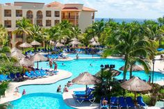 Sandos Playacar Beach Resort (Courtesy Sandos)