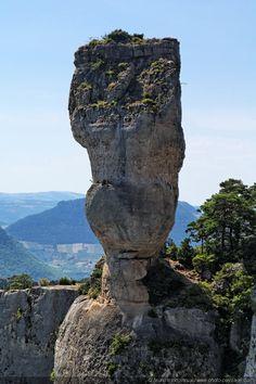 The Vase de Sevres / Middle France mountains - Landscape wallpapers