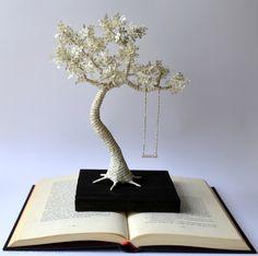 Escultura de Papel de Libro  Arbol de papel con por MalenaValcarcel