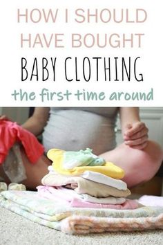How many baby clothes do I need? How to organize baby clothes and store baby clothes? Baby clothes checklists for newborns and each size in the first year. Which baby clothing accessories do I need? #Pregnancy #Expecting #BabyRegistry #babyclothes #nesting