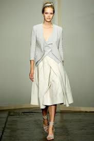 Donna Karan Spring 2013 Ready-to-Wear Collection Photos - Vogue Ny Fashion Week, Runway Fashion, High Fashion, Fashion Show, Womens Fashion, Fashion Design, Vogue Fashion, Fashion Spring, Donna Karan