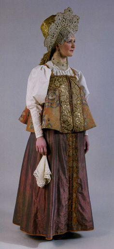 """Photo from album """"Русский костюм"""" on Yandex. Folk Fashion, Ethnic Fashion, Historical Costume, Historical Clothing, Costume Russe, Russian Culture, Court Dresses, Festival Dress, Russian Fashion"""