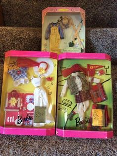 Clothes Hangers#17 Barbie Doll Mattel Fashion Avenue Misc Accessories Set 3