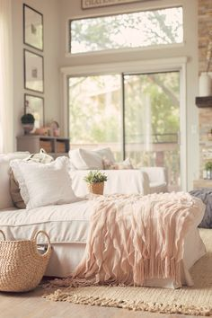 Peaches and Cream... All Things Shabby and Beautiful