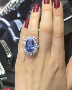 Gorgeous platinum sapphire ring features 16.19cts of oval sapphire and 6.05 cts of diamonds #dianamjewels #gold #diamond #platinum #ring…