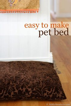 Dog or Cat Pet Bed that can be taken off to wash. {In My Own Style.com}