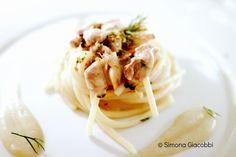 Spaghettoni alle vongole veraci, finocchio affumicato, buccia di lime (Borgo Egnazia)