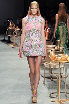 Manish Arora Spring 2012 Ready-to-Wear Fashion Show