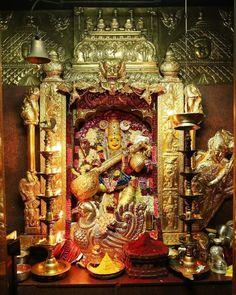 Very good morning have a wonderful Wednesday.today in Vijayawada Sri kanaka Durga matha alamkaram Mulanakthtra Maha Saraswati . By chelama Rao . Lord Durga, Durga Maa, Lord Ganesha Paintings, Lord Shiva Painting, Rudra Shiva, Shiva Shakti, All God Images, Maa Durga Image, Lord Murugan Wallpapers