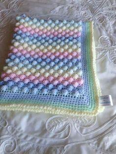 Crochet Baby Blanket Free Pattern, Crochet Patterns, Baby Shawl, Baby E, Kids Blankets, Crochet Jacket, Baby Afghans, Crochet For Kids, Knits