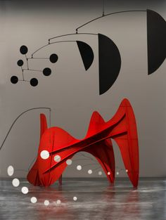 The Los Angeles County Museum of Art is trying to change the way we see Alexander Calder—that world-famous sculptor of monumental mobiles—who has been considere Art Sculpture, Abstract Sculpture, Abstract Art, Atelier Theme, Modern Art, Contemporary Art, Mobiles, Mobile Art, Kinetic Art