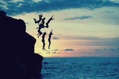 ...reminds me of cliff jumping in the greek isles.... take me back!!