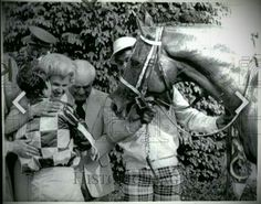 What a picture!  Penny Chenery, Ron Turcotte, Lucien Laurin and Eddie Sweat...and of course, Secretariat after winning the 1973 Kentucky Derby.