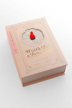 Miw's tale a fairy tale volume 1 Tea Packaging, Packaging Design, Cosmetic Design, Rock Decor, Photocollage, Moon Design, Grafik Design, Ad Design, Little Red