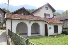 Palagnedra: 4 1/2-Zimmer-Tessinerhaus im Dorfzentrum mit schönem Garten, Grottino und toller Aussicht