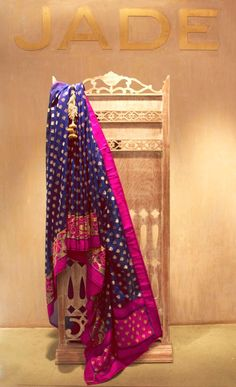 How beautiful is this combination of deep blue and pink on a JADE saree...