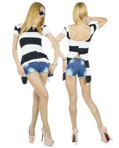 Tricou Dama Coco  -Tricou dama  -Model lejer, ce cade frumos pe corp si poate fi purtat cu usurinta la diferite evenimente.  -Design taietura moderna, va va scoate din anonimat     Latime talie:34cm  Lungime:55cm  Lungime colt:85cm  Compozitie:100%Bumbac Model, Design, Scale Model, Models, Template, Pattern, Mockup