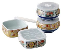 This is a Japanese Arita-yaki (Arita ware) food container set (microwave oven is OK!).