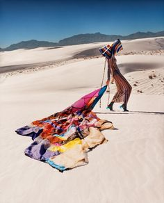 Missoni, Kendall Jenner Photoshoot, Kendall Jenner Outfits, Kylie Jenner, White Sands New Mexico, New Advertisement, Harley Weir, White Sands National Monument, Desert Fashion