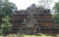 Phimeanakeas in Angkor, Siem Reap Cambodia  Date: Beginning of 11th century, Reign: Suryaverman, Religion: Hindu  Read more: http://www.globaltravelmate.com/asia/cambodia/angkor/angkor-temples/547-siem-reap-phimeanakeas.html#ixzz2XbGoWihD