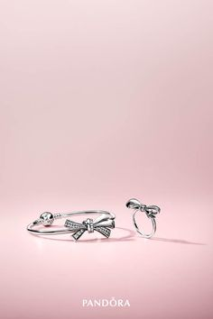 Put a lovely twist on your wrist with our new bow jewellery. Hand-finished in sterling silver, each ravishing design celebrates love and modern womanhood in striking detail.