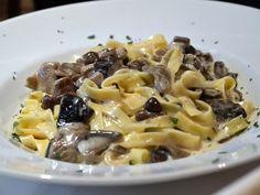 Aprenda um receita deliciosa de #Talharim ao molho #Funghi http://catr.ac/p561592  #pasta #recipe