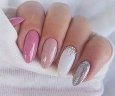 Super sweet nails color pink white and silver - Hair and Beauty eye makeup Ideas To Try - Nail Art Design Ideas Pink Nail Designs, Nagel Gel, Nail Decorations, Wedding Nails, Glitter Wedding, Ivory Wedding, Nails Inspiration, Pretty Nails, Hair And Nails